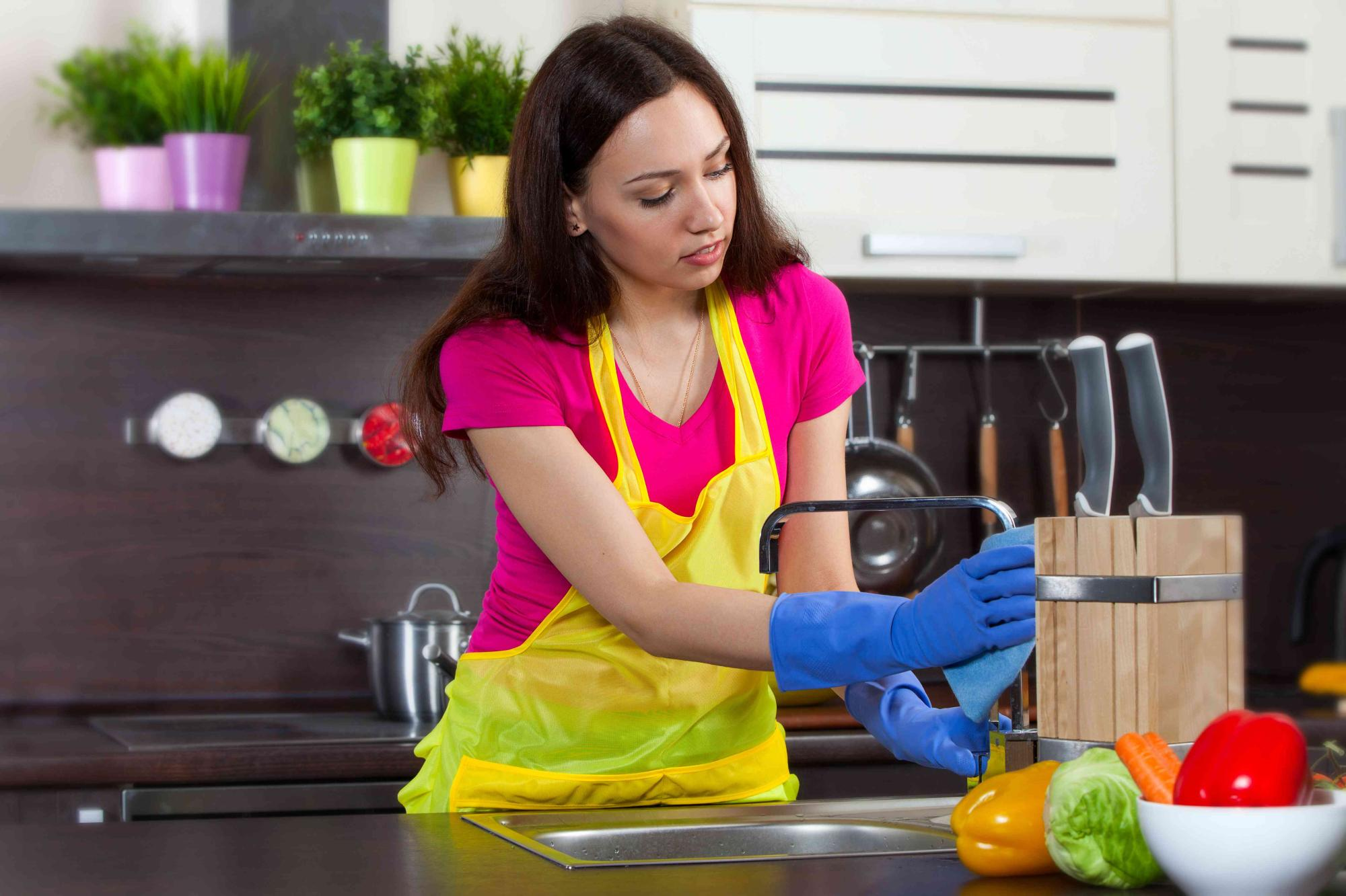 Record-Speed House Cleaning Tips  From Your Thousand Oaks Storage Experts