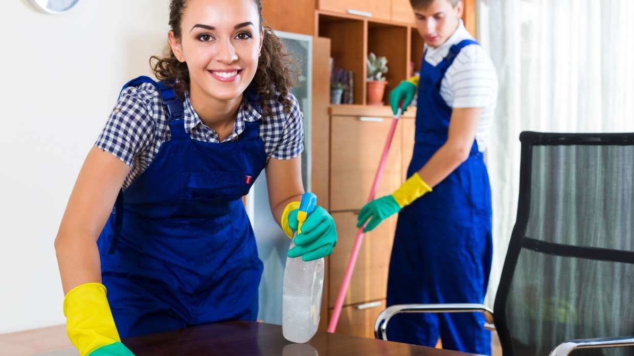Storage experts share cleaning tips