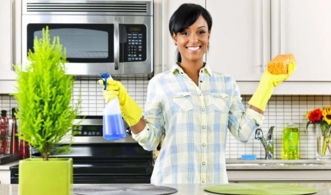 cleaning hack woman