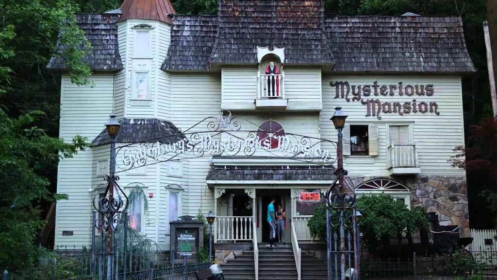 Mysterious Mansion - Best of Pigeon Forge