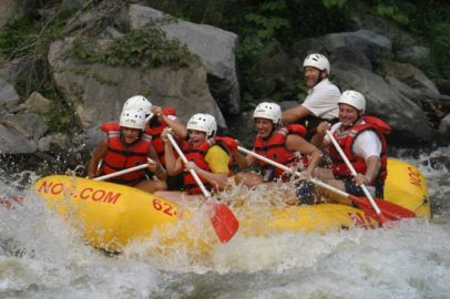 White Water Rafting – An Adventurous Thing to do in Pigeon Forge